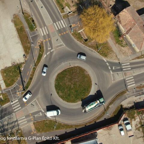 Körforgalom építése Szigetváron a 6-os és 6607-es jelű utak csomópontjában
